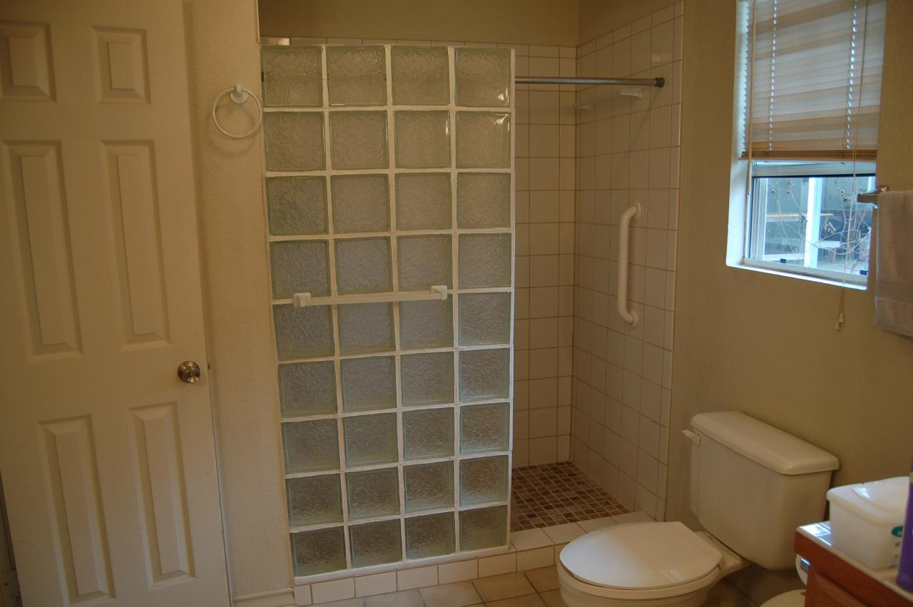pictures of small bathrooms with walk in showers